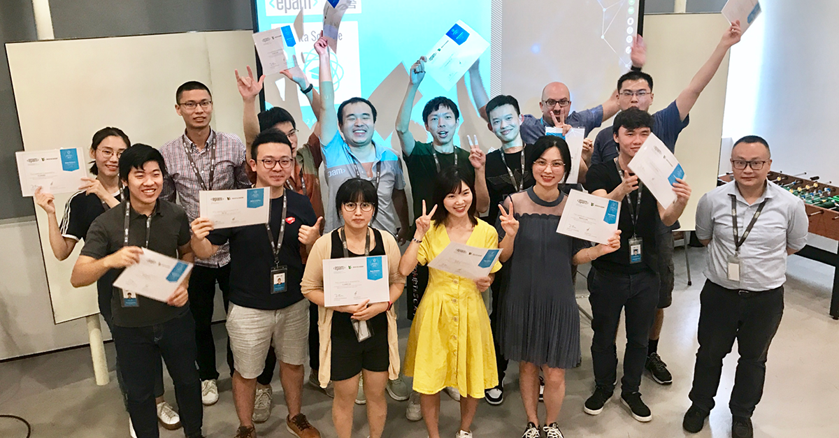 EPAM Shenzhen Celebrates its Data Science Academy Graduates